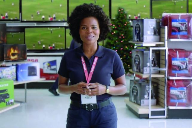 Retailers Pin Hopes on Holidays After Sluggish Summer Sales
