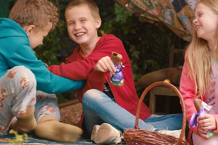 Milka's Easter spot shows kids crafting a touching egg hunt for a blind friend