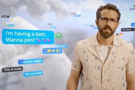 Ryan Reynolds warns against drinking Aviation Gin while sexting on Mint Mobile in yet another crossover ad