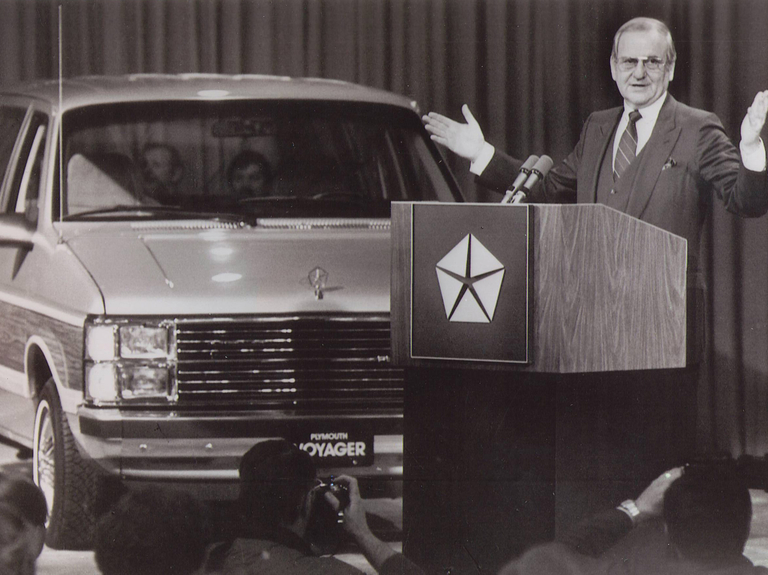Lee Iacocca, a star CEO who led Ford and saved Chrysler, has died