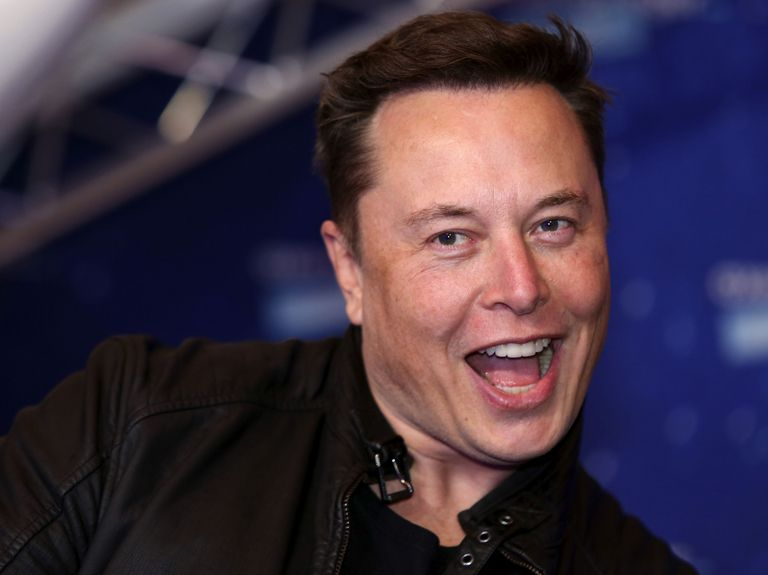 Elon Musk surpasses Jeff Bezos to become the world's richest person