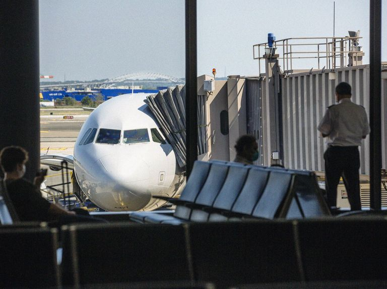 Fear of flying: This isn't the first time airlines experienced a truly bumpy ride