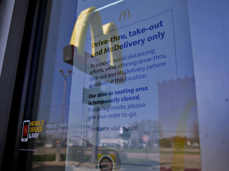 McDonald's halts new dine-in restaurant service across U.S.