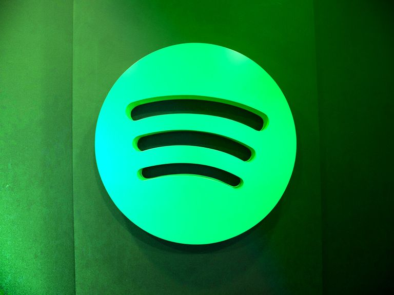 'The Joe Rogan Experience' helps Spotify win $20 million deal with Omnicom