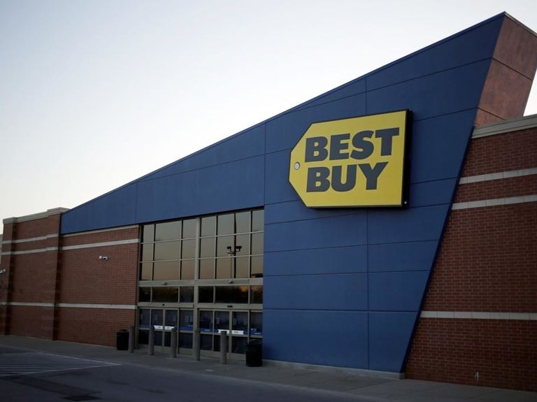 Best Buy tests reduced shopping areas in stores to focus on e-commerce