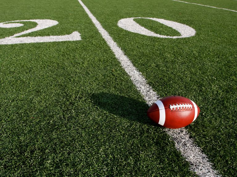 Amazon, NFL negotiating exclusive streaming deal, says WSJ