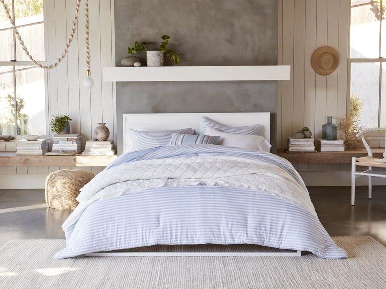 Gap will sell home furnishings at Walmart
