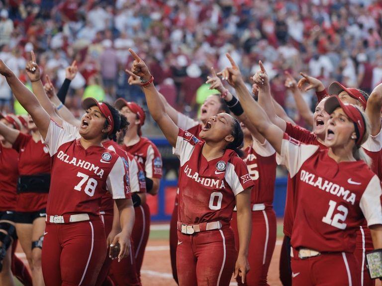 Orangetheory backs female athletes after NCAA falters and SurveyMonkey rebrands: Trending