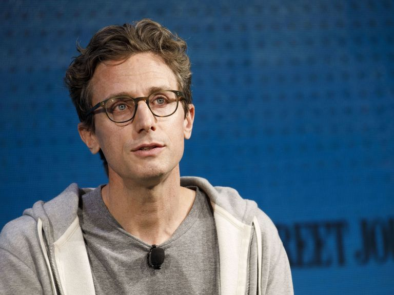 BuzzFeed to buy HuffPost from Verizon in latest digital media deal