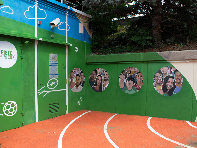 These murals are meant to deter people who pee in public