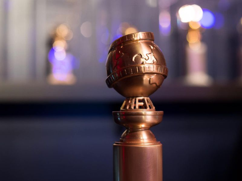 Golden Globes' ratings slide, again