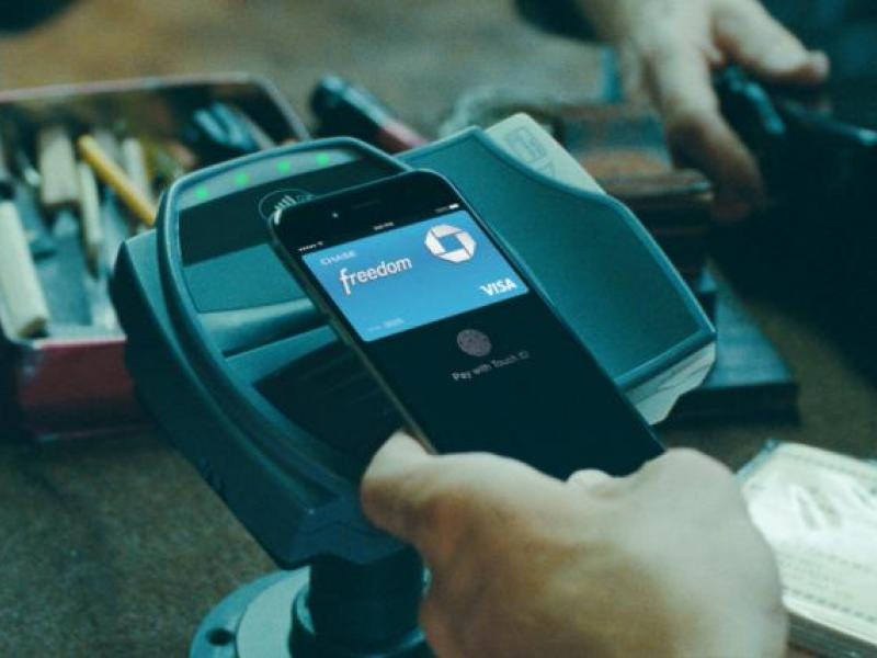 Chase Debuts First Spot Featuring Apple Pay | AdAge