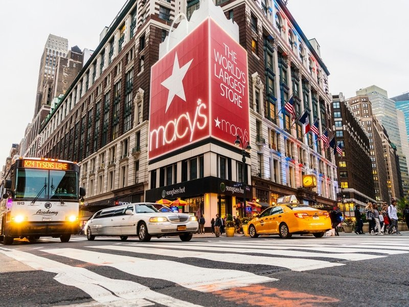 Macy's 'body-shaming' dinner plates. Plus, a prediction about the AT&T-CBS spat: Tuesday Wake-Up Call