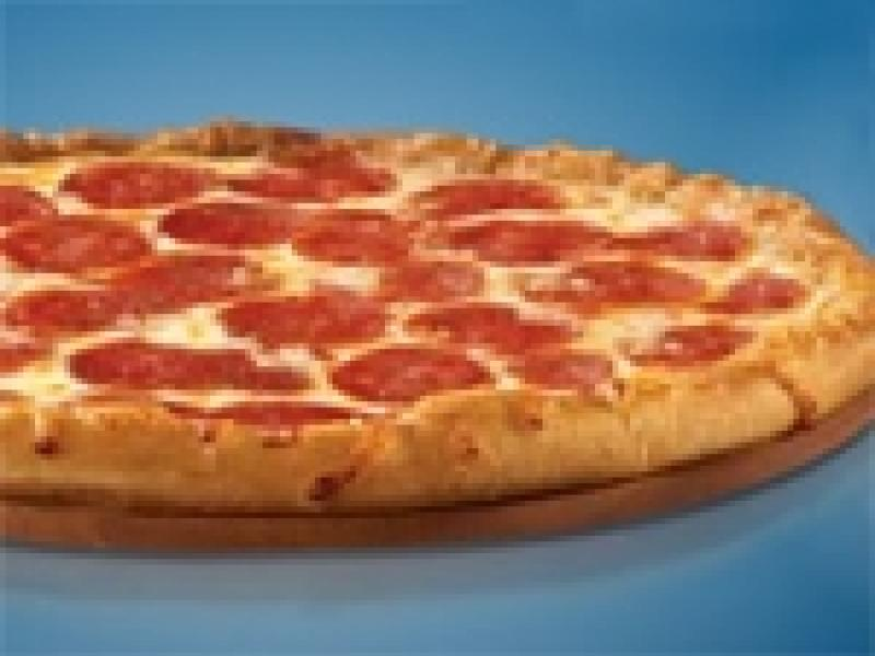 Why Pizza Giants Want Customers to Click, Not Call, for