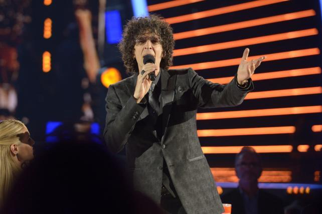 Howard Stern Quit SiriusXM? Not for a 'Loser' Podcast   AdAge