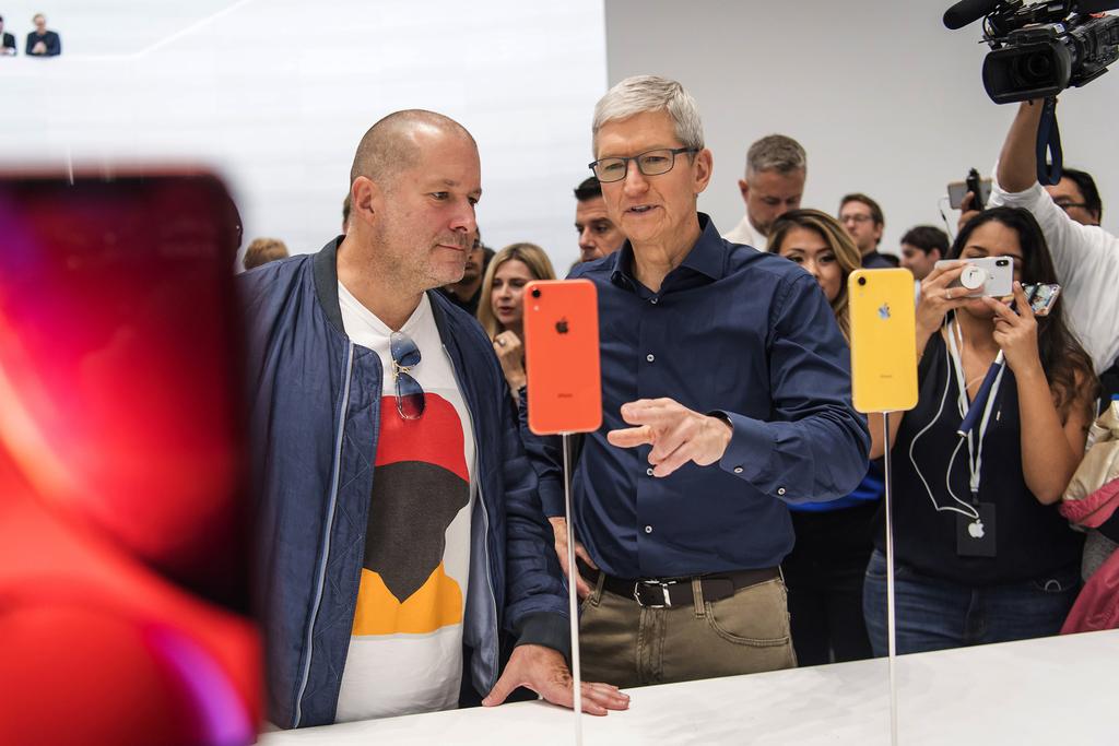 Sir Jony Ive Apple'a neden veda etti?