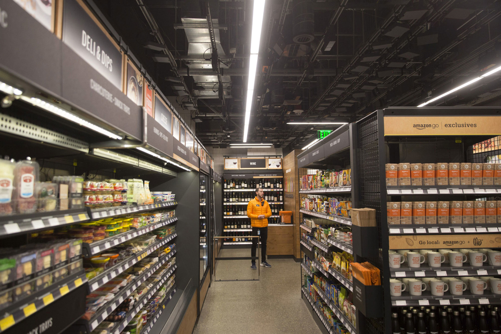 Amazon Opening Its Own Grocery Store in LA Next Year