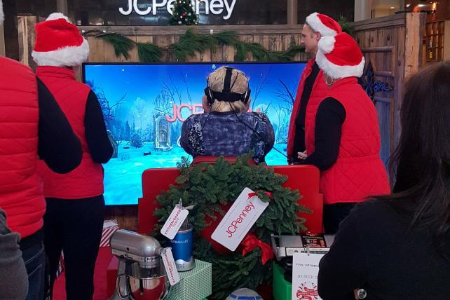 d55022e972019 JC Penney Shoppers Visit Santa s Workshop in New Virtual Reality Initiative