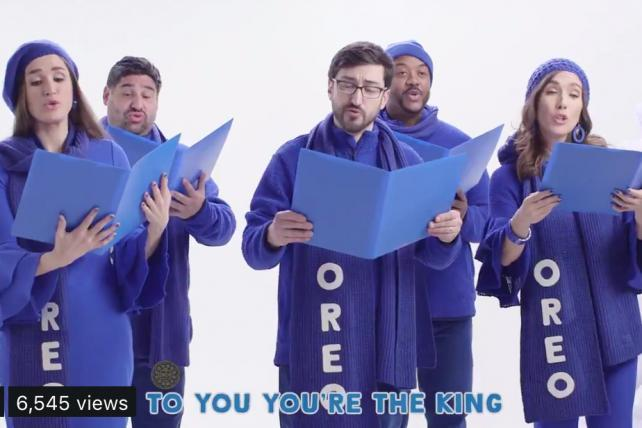 Oreo gets other brands to spread holiday cheer -- and its hashtag -- on Twitter