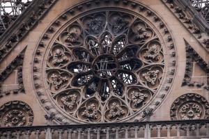Nissan donates $112,000 to rebuild Notre-Dame