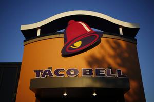 Taco Bell will sponsor Bleacher Report's popular House of Highlights Instagram account