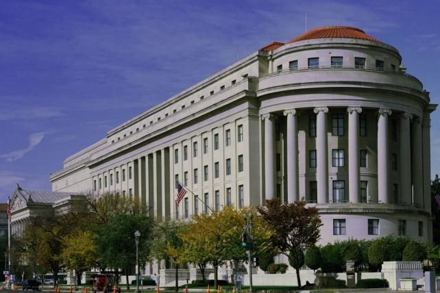 The IAB Is 'Concerned' About The FTC's New Native Advertising Rules, but Publishers Play It Cool