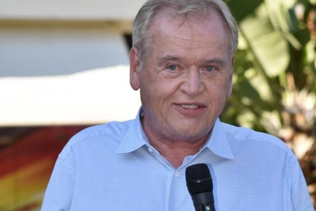 Would Omnicom want to buy some WPP assets? John Wren weighs in