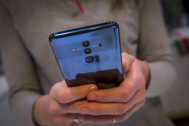 Best Buy to stop selling Huawei phones amid U.S. concerns