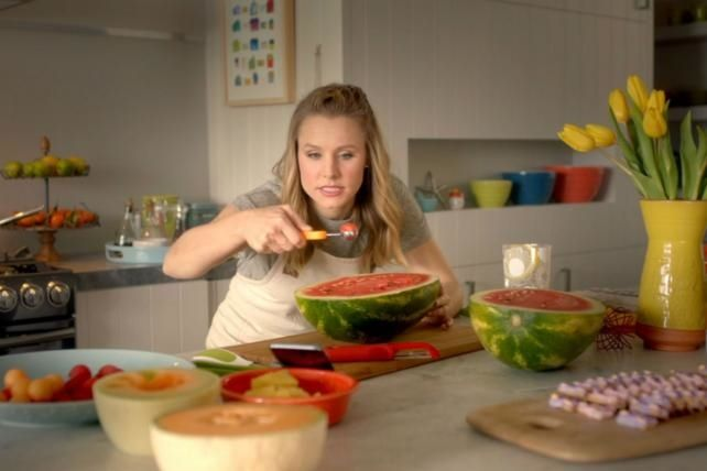 Kristen Bell and Dax Shepard Bring the Cute in New Samsung Home Appliance Spots