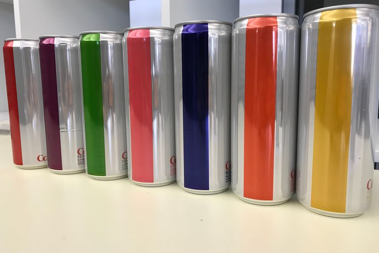 Diet Coke: Label-free cans