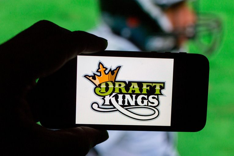 DraftKings inks sponsorship deal with NFL