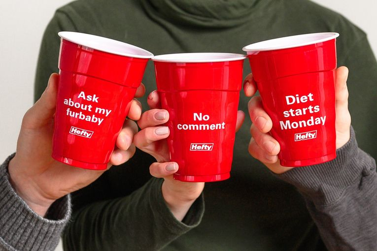 Hefty: 2019 Holiday Party Cups