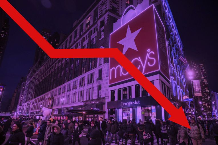 Macy's struggling to court under-40 crowd ahead of crucial holiday season