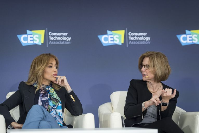 Apple gets privacy grilling during first CES appearance in 28 years