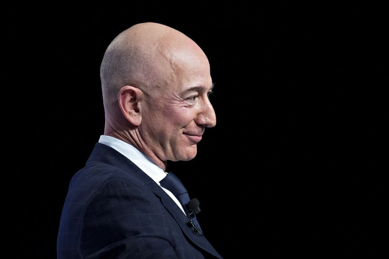 An astonishing visualization of Jeff Bezos' wealth, and the must-read report on the state of agencies: Datacenter Weekly