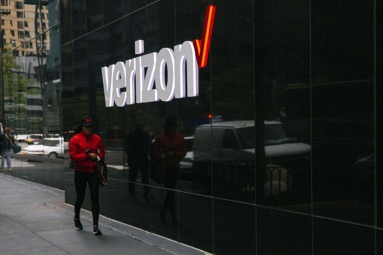 Verizon joins Facebook ad boycott