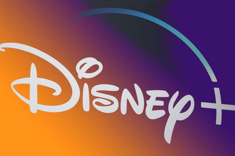 Disney posts surprise profit, plans an online debut for 'Mulan'