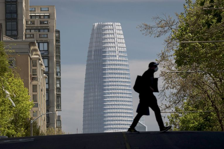Salesforce rises on revived software demand, rosy projections