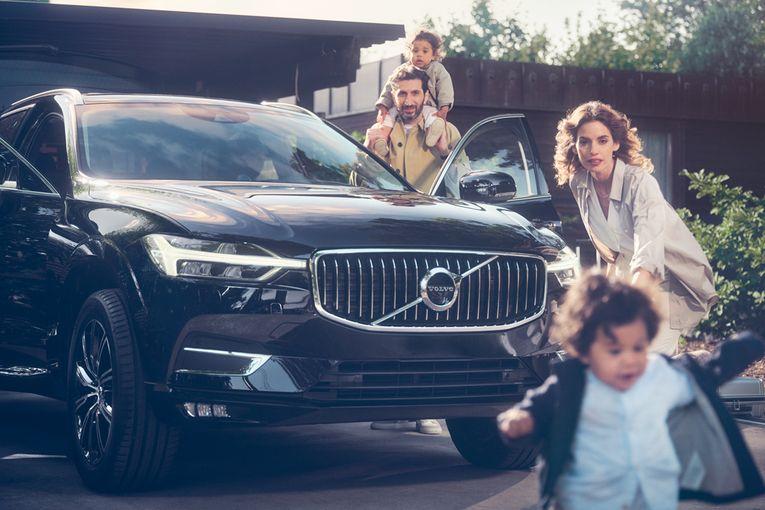 Volvo: Parent saves
