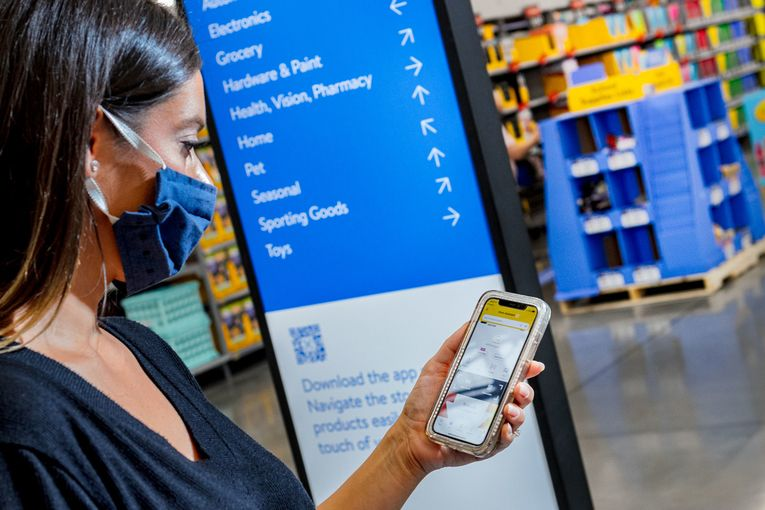 Walmart redesigns stores to align with mobile app