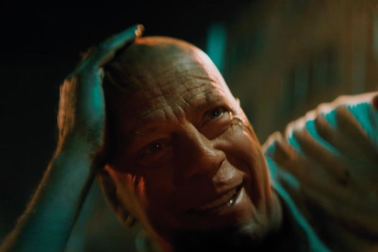 Bruce Willis hypes DieHard batteries (!) and Facebook blocks millions (!!) of ads: Monday Wake-Up Call