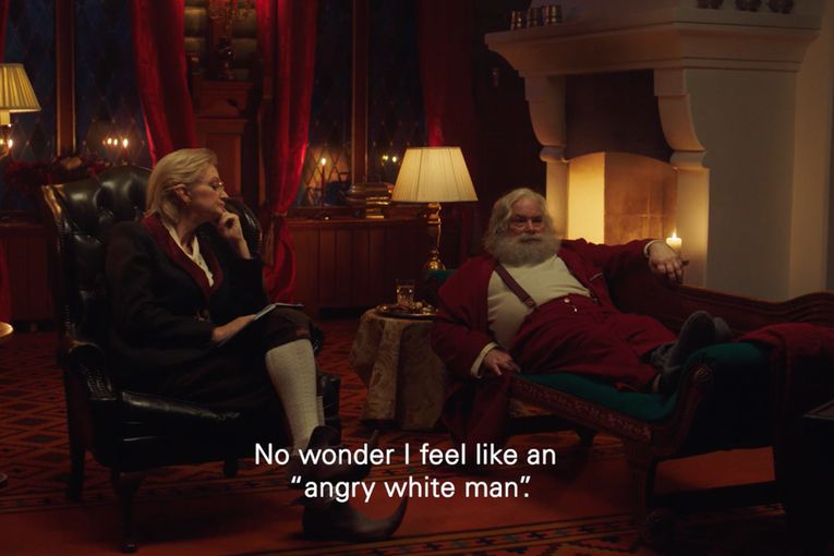 A manically tweeting Santa wants to 'Make Christmas Great Again' in postal service ad