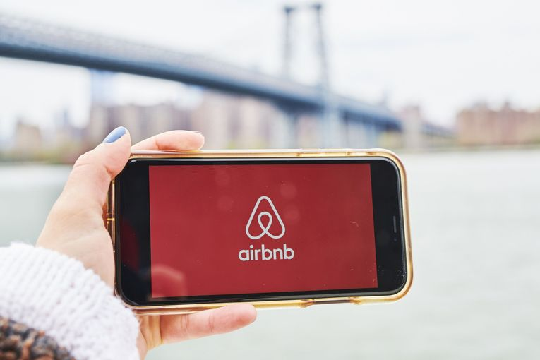 Airbnb books Droga5 as new creative agency