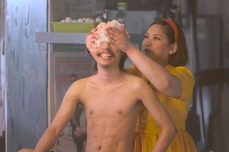 Think twice before you auntie-shame, says this totally bizarre ad for a bakery chain