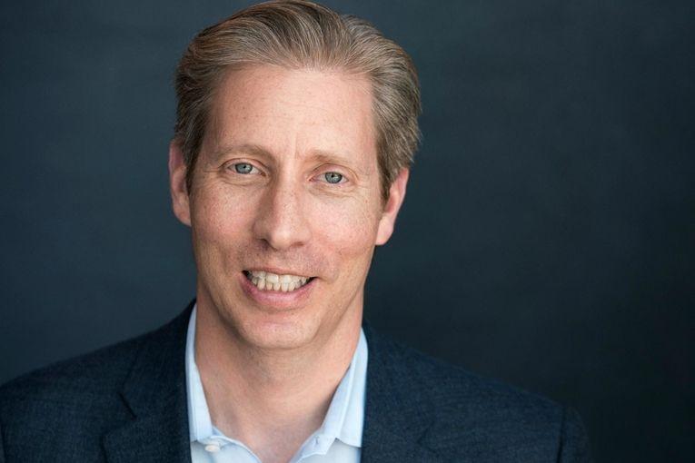 Facebook key business executive David Fischer to depart