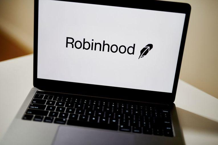 Trading app Robinhood faces backlash after placing restrictions on Reddit-fueled stocks