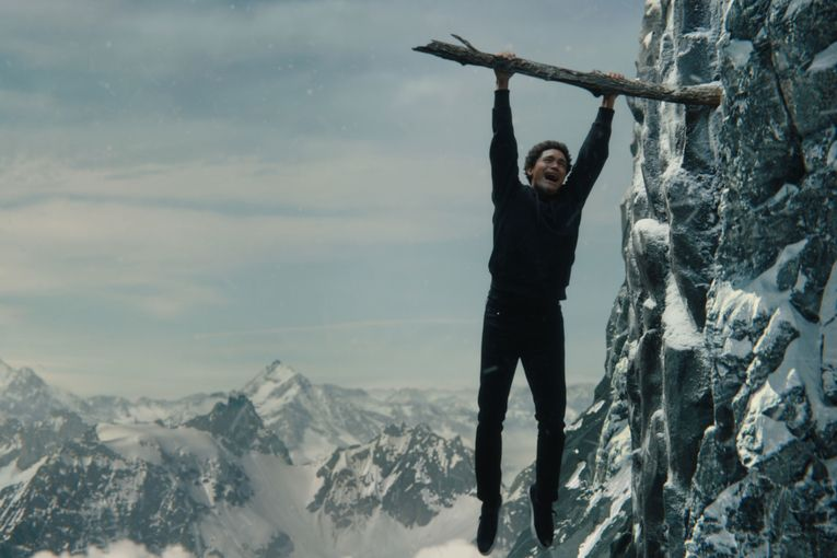 See celebs scale Paramount+ logo in Super Bowl campaign