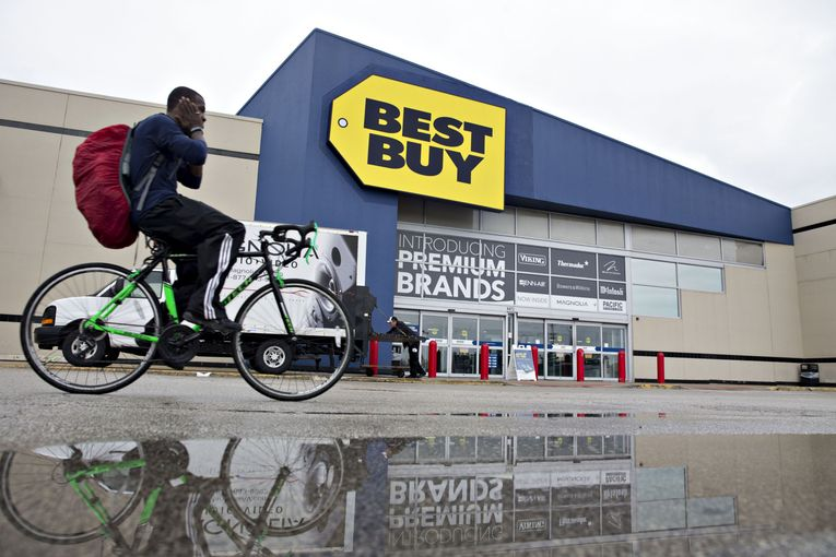 Best Buy starts $200-a-year membership to rival Amazon, Walmart