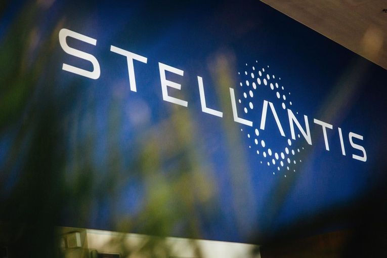 Global automaker Stellantis consolidates media account with Publicis
