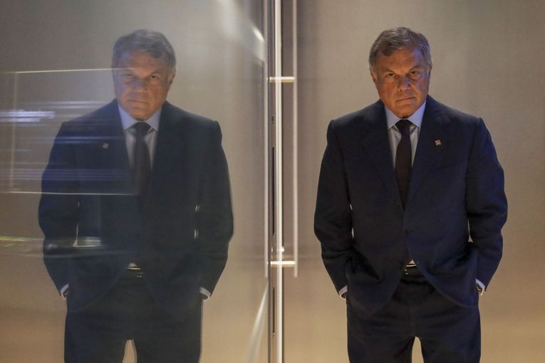 WPP denies shares to founder Martin Sorrell, who calls move 'petty'